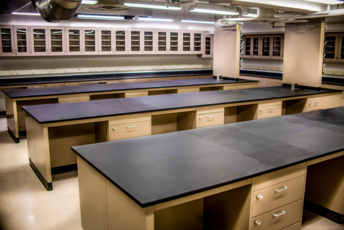 Air Master Systems Corp 187 Laboratory Fume Hoods Adaptable